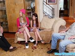 Petite teen pussylicked in trio with oldman
