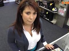 MILF sells her hubbys stuff and fucked to earn more cash