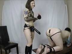 Hot domme pegs tied servant