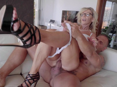 Awesome sex action of MILF with glasses and her strong friend