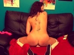 Keri Loves Camming