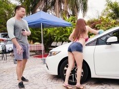 Outdoor car wash turns into a sex with hot MILF in jeans shorts