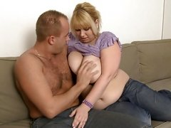 Blonde whopper brings him home and gets down and dirty