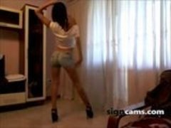 Sexy Strip Teen Dancing In Short Jeans