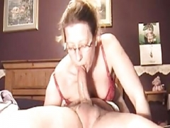 Sexually available mom Deepthroat