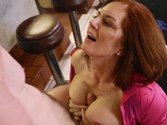 Mature waitress gets fucked at the restaurant