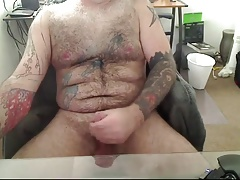 Hairy, tattooed Daddy