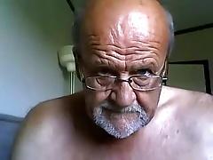 Mature bearded hot guy maturbating