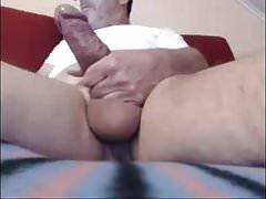 Dad stroking his huge cock on cam