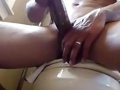 Married black guy jerks off his huge cock