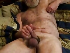 Horny hairy daddy jerking off