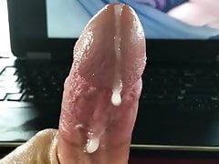 Giant Clit makes me cum