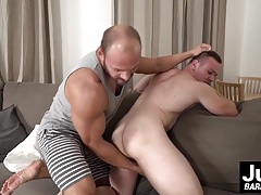 Muscular beast Tomm fucks beautifull Max in his tight asshol