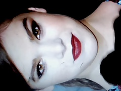 Hailee Steinfeld gets Huge Cum Facial Tribute
