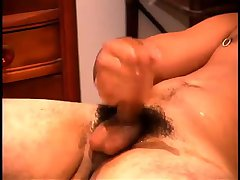 Dudes like to jerk off