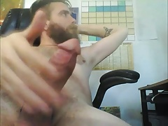 HAIRY BEARDED GUY BIG DICK BIG CUM SHOT