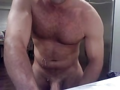 Hairy Muscle Daddy Jerks Off on Cam