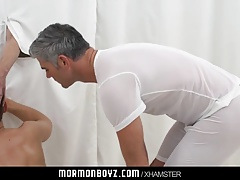 Mormon boy spitroast during ritual threesome