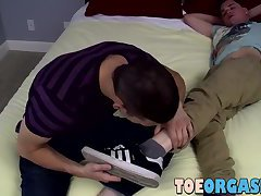 My hot gay lover sucks my toes and makes me so hard