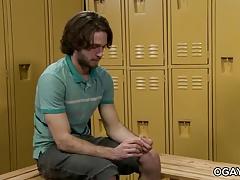 Duncan Black Gets Fucked in a Locker Room