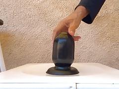 big black plug