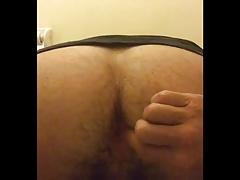 Inserting my ass stretching butt plug