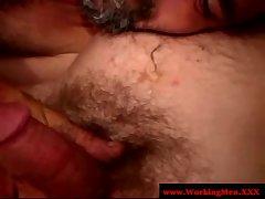 Straight dilf bear loves jizz in beard