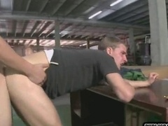 Twinks enjoys theirs fuck tools at car shop