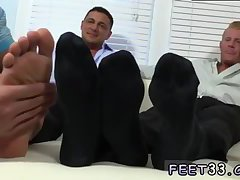 Ricky is a feet lover