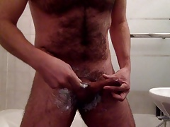 Shaved my cock and cum it