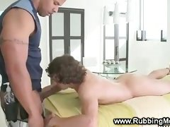 Muscular masseur gets lucky with a bj