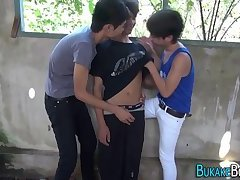 Asian twinks sucking cock