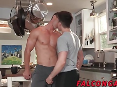 Morning coffe starts with sensual blowjob and hard sex