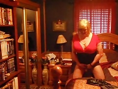 Norma cross ready in red dress