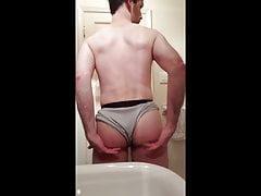 Random Buttplay And Shaking