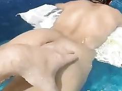 Handjob Starts In The Pool