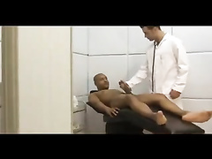 Ebony man pounds the donk off his doctor