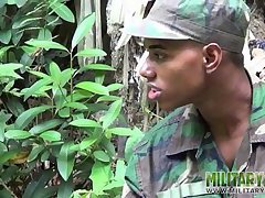 Cock-loving military lad blows a boy