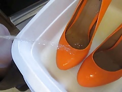 Pissing Orange Platforms fm MrMessyshoes P6