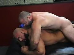 Breed Me bare - Bishop Angus & Steven Roman