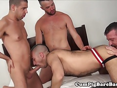 Muscular studs in bareback foursome