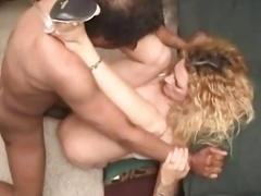cuckold fist-fucking bi