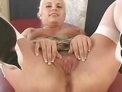 Blonde gym instructor spreads her vag wide