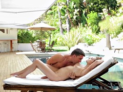 Sensual babe drilled and jizzed at the pool