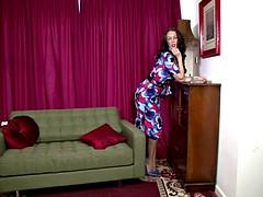 Tammy Lee - Heart race hotty!