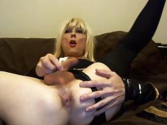 Sexy Tasha Blond Stewardess Crossdresser Showing Ass