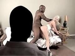 She Ran into The Black Pleasure 1