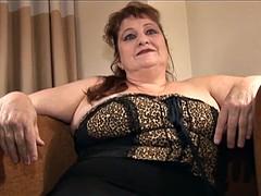 Curvaceous Nosti Nikki