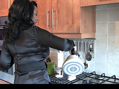 Thick Ebony English MILF Seducing, Teasing And Showing Off