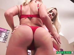 Kiara Lord fistfucked Nesty's amazing pussy